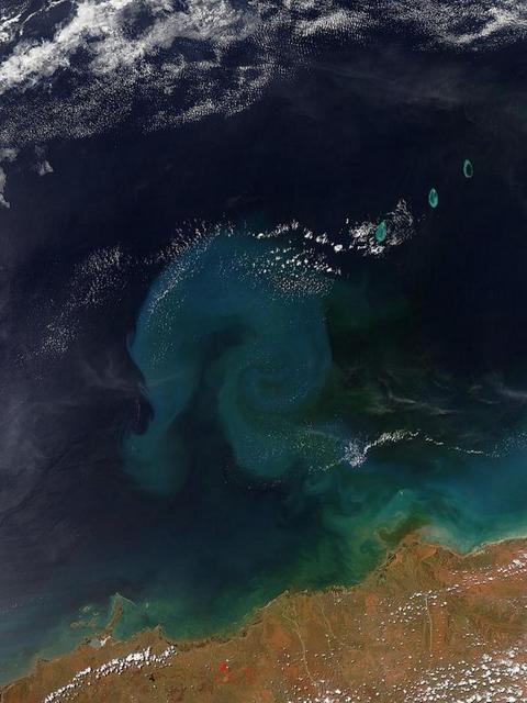 nasa-earth.jpg